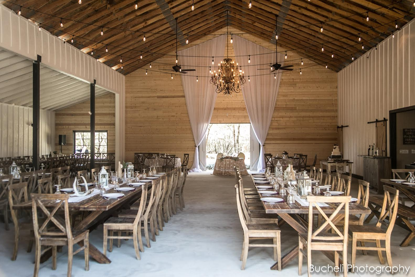 Gallery - Barns at Willow Creek - Weddings and Events